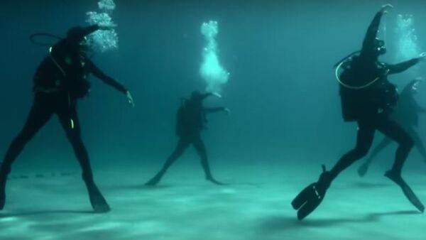 Ples pod vodom - Sputnik Srbija