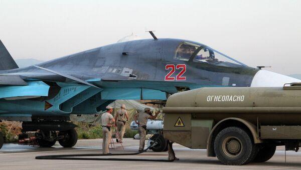 Руски авиони Су-34 на аеродрому код Латакије - Sputnik Србија