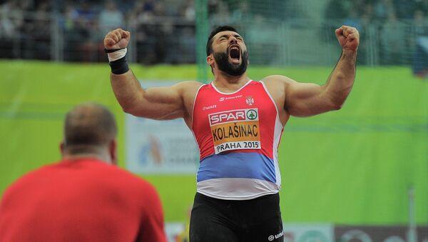 Asmir Kolašinac posle hica koji mu je obezbedio srebro na evropskom prvenstvu u Pragu - Sputnik Srbija