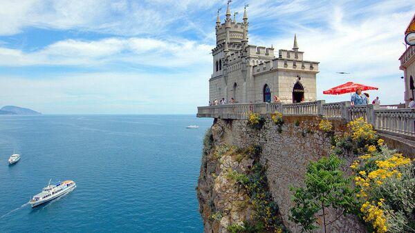 Полуострво Крим у Црном мору привлачи туристе - Sputnik Србија