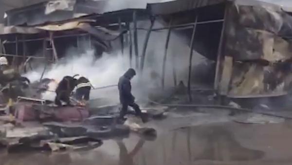 Пожар у тржном центру у Казању - Sputnik Србија