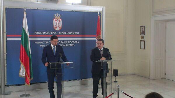 Ivica Dačić i šeš bugarske diplomatije Bugarske Daniel Mitrov - Sputnik Srbija