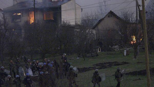 Zapaljene srpske kuće u Čaglavici  17, marta 2004 - Kosovo - Sputnik Srbija