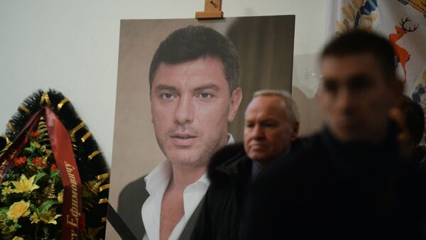 Paying last respects to politician Boris Nemtsov in Moscow - Sputnik Srbija